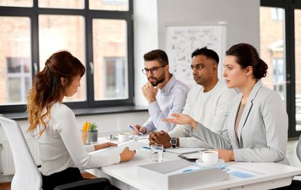 Những câu hỏi nên hỏi nhà tuyển dụng mà ứng viên cần biết